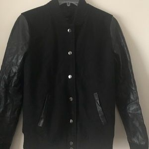 Jackets & Blazers - Black jacket w/ leather detailing